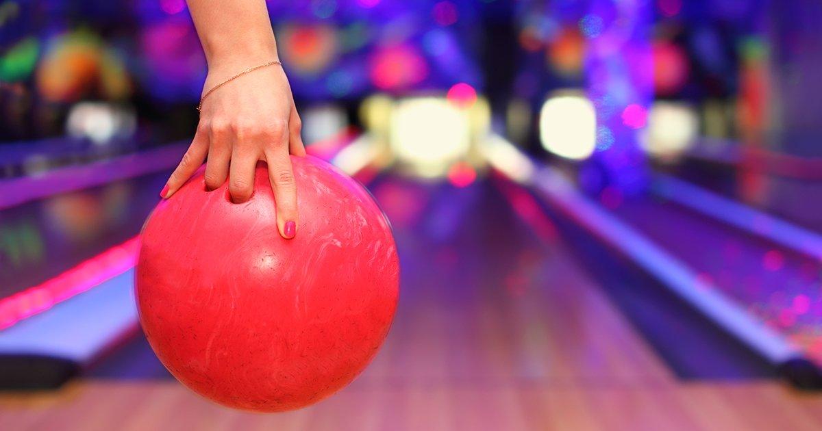 Let's Go Bowling Near Tamaya - AdobeStock 38031389
